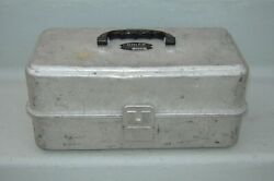 Vintage Umco 2-tray Fishing Tackle Box 132a With Gear