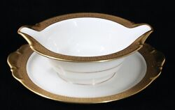 Rare Discontinued Kpm Royal Ivory And Gold Normandie 8 Gravy Boat W/ Underplate