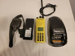 Motorola Xts3000r Iii Vhf,p25,des-ofb,impres Battery And Charger - 30 Day Wrnty