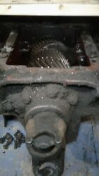 Spicer Auxiliary Transmission 7041 With Yokes