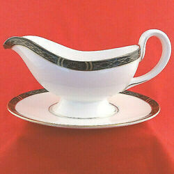 Royal Worcester Mountbatten Black Gravy Boat And Stand New Never Used Made England
