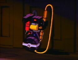 The Real Ghostbusters Proton Pack Lights Sounds Vibration Ghost Trap With Lights