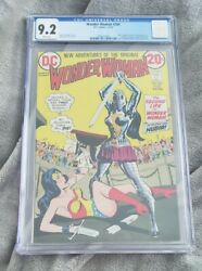 Wonder Woman 204 Cgc 9.2 White Pages 1st Nubia