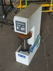 Detroit Testing Machine Co., Brinell Hardness Tester Hbe-3000a Hbe-3000