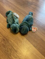 TY Beanie Baby Rainbow the Chameleon and Iggy the Iguana 1997 New With Tags