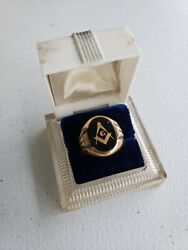 Vintage Gold And Onyx Masonic Ring With Case