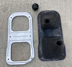 84-88 Toyota Pickup 4runner Console Manual Transmission 4wd Rubber Shift Boot
