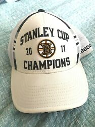 Boston Bruins 2011 Stanley Cup Champions Player On Ice Baseball Hat White Reebok