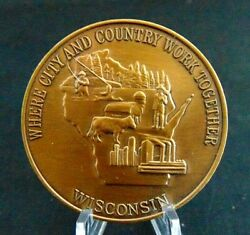 Wisconsin Bicentennial Medallion Coin Madison State Capital 1906-present 1.5