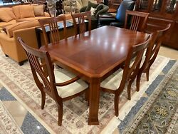 Thomasville Furniture American Expressions Mission Style Table And 6 Chairs