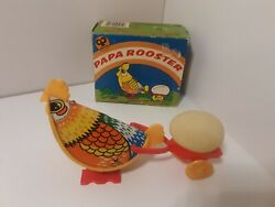 Vintage Papa Rooster No. 205a Wind Up Tin Plastic Toy W/ Original Box Hong Kong