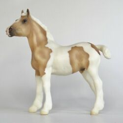 Breyer Traditional Horses 1:9 Scale Creamsicle Palomino Pinto Draft Foal Model
