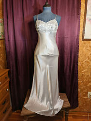 Blondie amp; Me Evening Silver Dress Womens 3 4 Used Closet19 $25.00