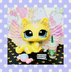 ❤️Authentic Littlest Pet Shop LPS #1090 Yellow Crouching Kitty Cat Blue Eyes❤️