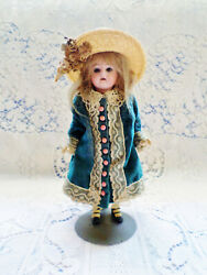 Spectacular Antique French Mignonette 8 Doll In Her All Original Clothes And Hat