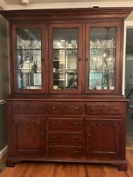 European Themes By Drexel Heritage China Hutch Display Cabinet