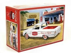 Amt 1/25 1960 Ford Ranchero With Coke Chest Coca-cola New Sealed