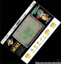 1982 Animest Electronic Handheld Anime Game Dr. Slump Arale Chan Toei Watch Toy