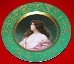 Austrian Vienna Fine Beauty Hand Painted 19 C Plate With Gold And Green Colors