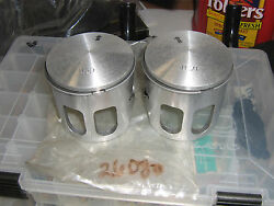 Rupp Xenoah 340 L/c Nitro And Magnum Oem 1.00 Mm Oversize Pistons And Rings