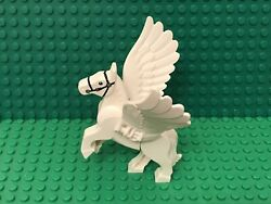 Lego Pegasus From Harry Potter Sets / White Flying Horse With Feathers Wings