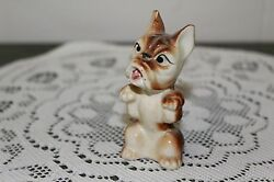 VINTAGE.....CERAMIC....BULL DOG BEGGING....MINI FIGURINE