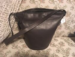 Coach Pristine New with tags Bleeker bucket brown leather with sleeper bag