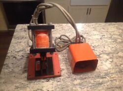 Thomas Betts Tandb 13500 Pneumatic Shure Stake Wire Crimper Air Powered Foot Pedal