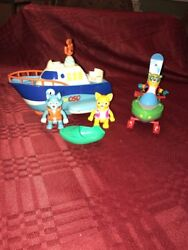 Disney Special Agent Oso Motorboat Snowmobile Dottie Wolfie Oso Figures Complete