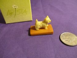 Arista of Scotland Miniature Westie White Terrier Figurine NEW