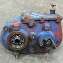 Used Transfer Case Assembly Compatible With Ford 9030 9030 Versatile 276 276