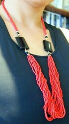 Coral Red Onyx Gold 14 Strands Fine Details Length =30.5 Weigh=68 Grams