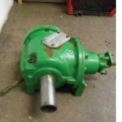 Used Primary Countershaft Gear Case Assembly Compatible With John Deere 9400
