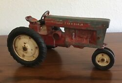 Vintage Tru-scale Red Toy Tractor Die Cast Farm Equipment Barn Farming Preowned