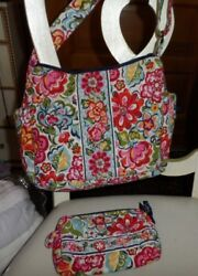 Vera Bradley on the go bag and small cosmetic in Hope Garden