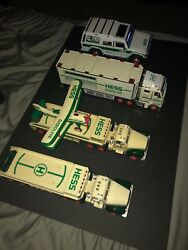 2002 2002 2003 2004 Hess Truck Yearly Edition Collectible Antique Free Shipping