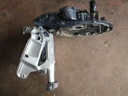 2005 Honda Outboard 225 Four Stroke - Mount Case, Swivel Bracket, And Arms