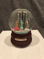 One Of A Kind Snow Globe And Music Box Twin Towers And Statue Of Liberty