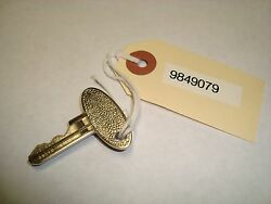 Ford Tractor Starter Key Part  9849079 Sba385210011 Qty. 2 - Oem