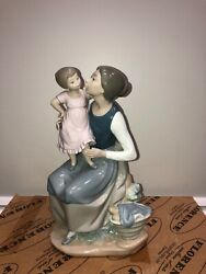 Lladro Nao Figurines The Pampering Mother And Child Daughter