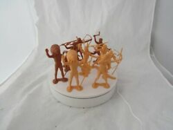 10 Louis Marx 1964 Indians 6 In Height Excellent