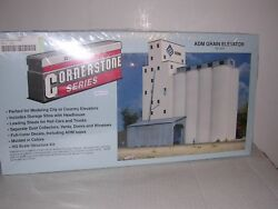 Walthers 3022 Adm Grain Elevator And Silos - Building Kit H.o.scale 1/87