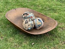 19th Century Hudson Valley New York Large Wooden Trencher Dough Bowl. C1850