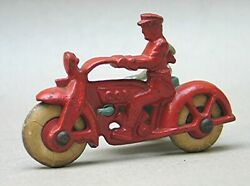 Vintage Hubley Cast Iron Motorcycle Cop With Side Car