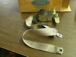 Nos Oem Ford 1990 Lincoln Continental Seat Belt Winder Taurus + Mercury Sable