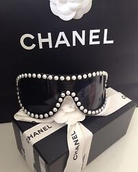 CHANEL PEARL BLACK SEXY RUNWAY SUNGLASSES GLASSES NEW BOX N BAG SOLD OUT RARE
