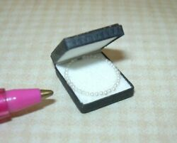 Miniature Itsy Bitsy Mini Perfect Pearl Necklace In Black Case Dollhouse 112