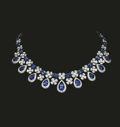Solid Blue Pear Halo Style 925 Sterling Silver Necklace Highend Flower Design