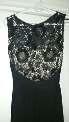 Women#x27;s Sleeveless Long Black Scoop Neck Top SeeThrough Floral Lace Evening For $60.00