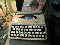 Typewriter Sears Challenger Manual Portable Beige England Multi Color